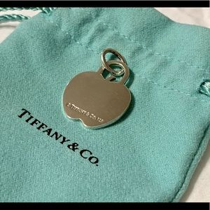 Tiffany & Co. apple charm. Never used. Uncut ring.